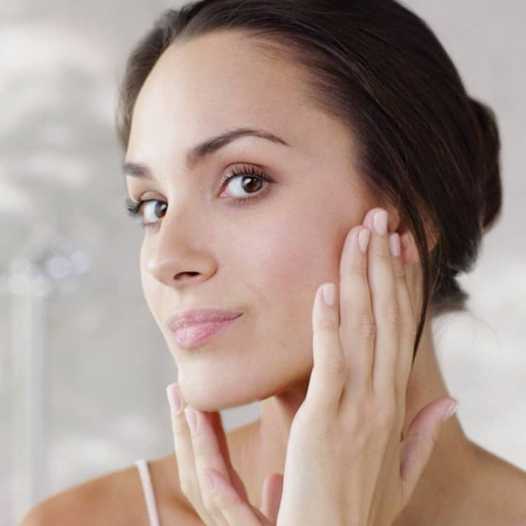Clear Skin: How To Get Clear Skin Fast: Top Tips & Products