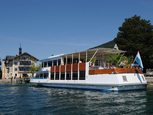 Schiff auf dem Tegernsee