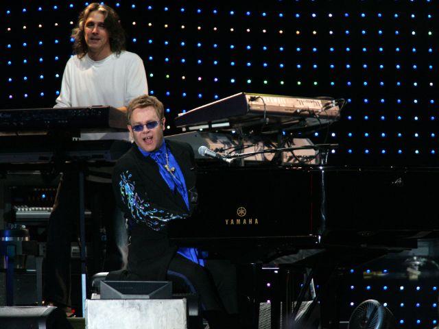 Elton John live auf der Bühne