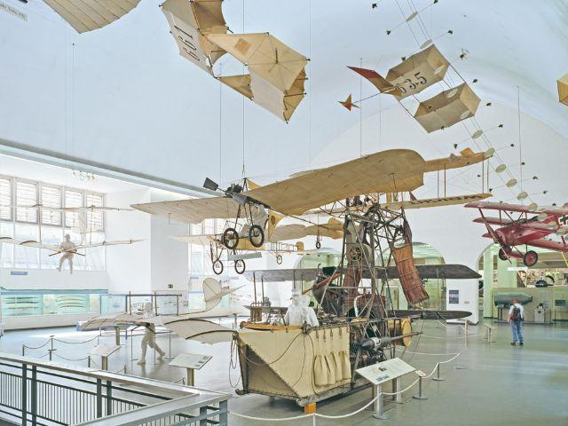 Ausstellung zur alten Luftfahrt im Deutschen Museum