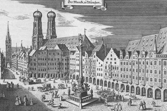 Historische Ansicht vom Marienplatz
