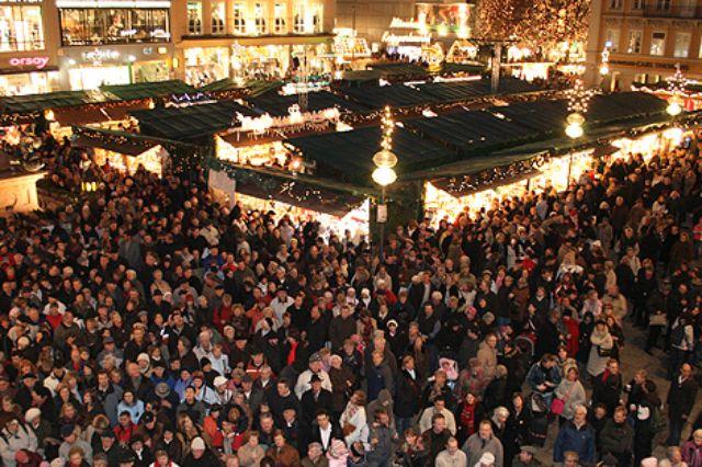 Weihnachtsmarkt auf dem Marienplatz