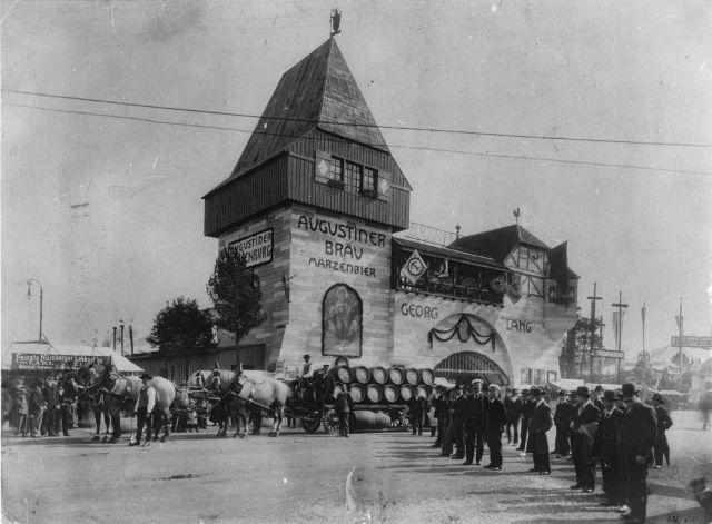 Oktoberfest 1910