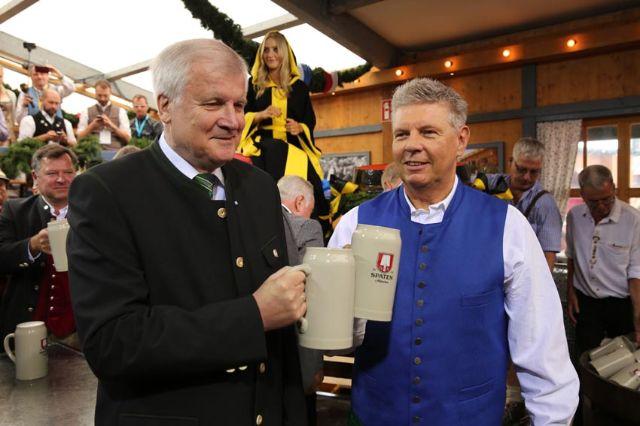 OB Dieter Reiter mit Ministerpräsident Horst Seehofer