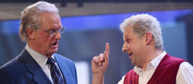 Dieter Reiter (r.) und Joachim Herrmann im Singspiel am Nockherberg 2016