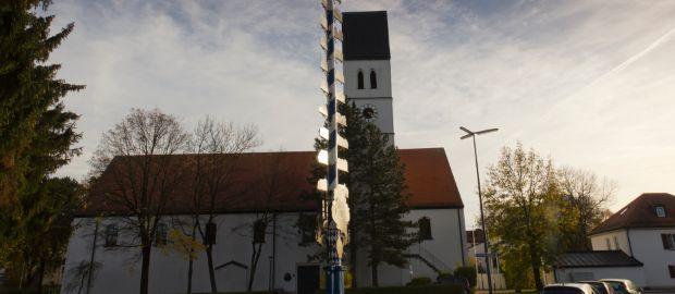 Sankt Peter und Paul Kirche in München Trudering