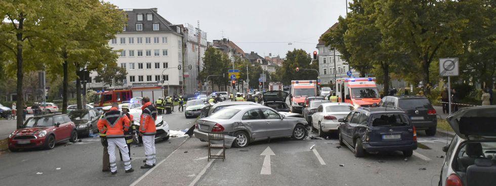 Schwerer Verkehrsunfall in der Nymphenburger Straße  Das