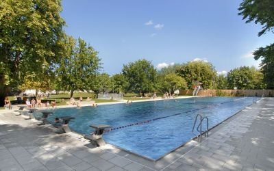 The only outdoor pool in munich which is open all year.