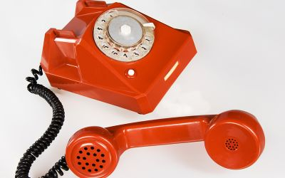 Notruf, rotes Telefon