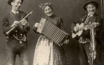 Ein fideles Trio: Karl Valentin musiziert