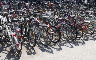 Abgestellte Fahrräder im Marienhof