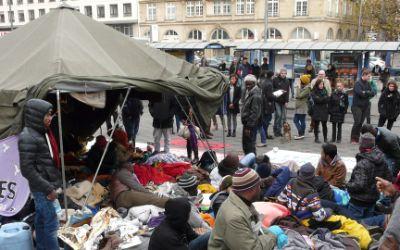 Flüchtlinge im Hungerstreik am Sendlinger Tor