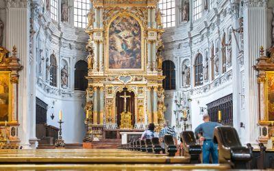 Innenraum der Kirche St. Michael in München