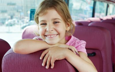 Kind in Bus