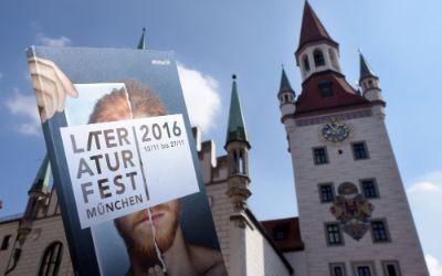 Literaturfest - Programm mit Altem Rathaus