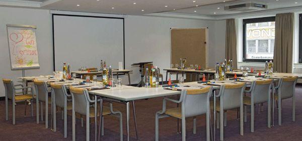 Hotel Dolomit Konferenzraum