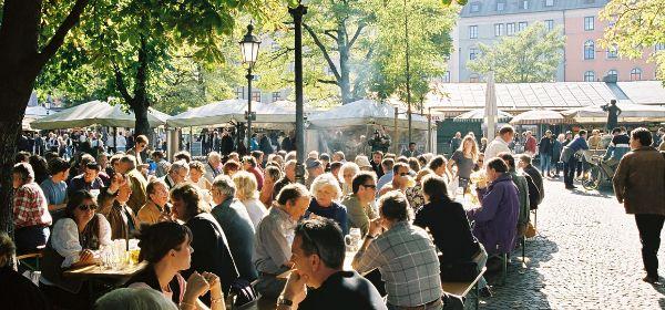Biergarten im Viktualienmarkt (Foto: Michael Nagy)
