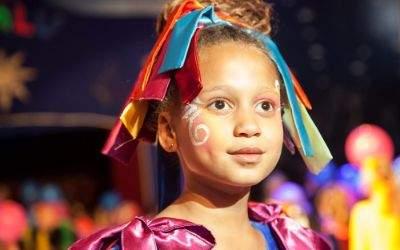 Kleines Mädchen bei Lilalu