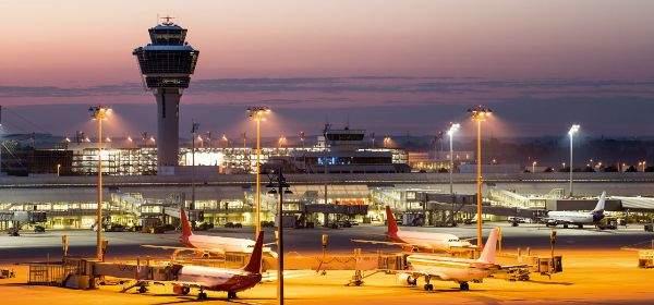 Lichterfahrten Flughafen