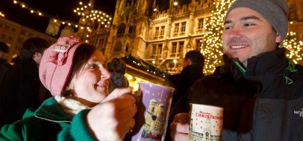Eindrücke vom Münchner Christkindlmarkt auf dem Marienplatz