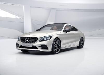 Mercedes-Benz - C 300 COUPE
