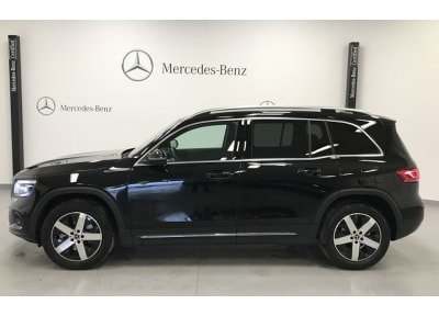 Mercedes-Benz - NEW GLB 200