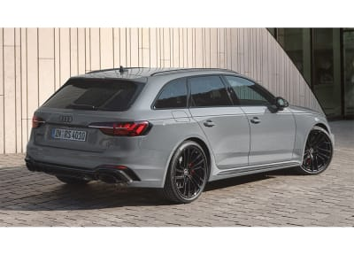 Audi - RS4