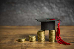 Pinjaman Dana Pendidikan