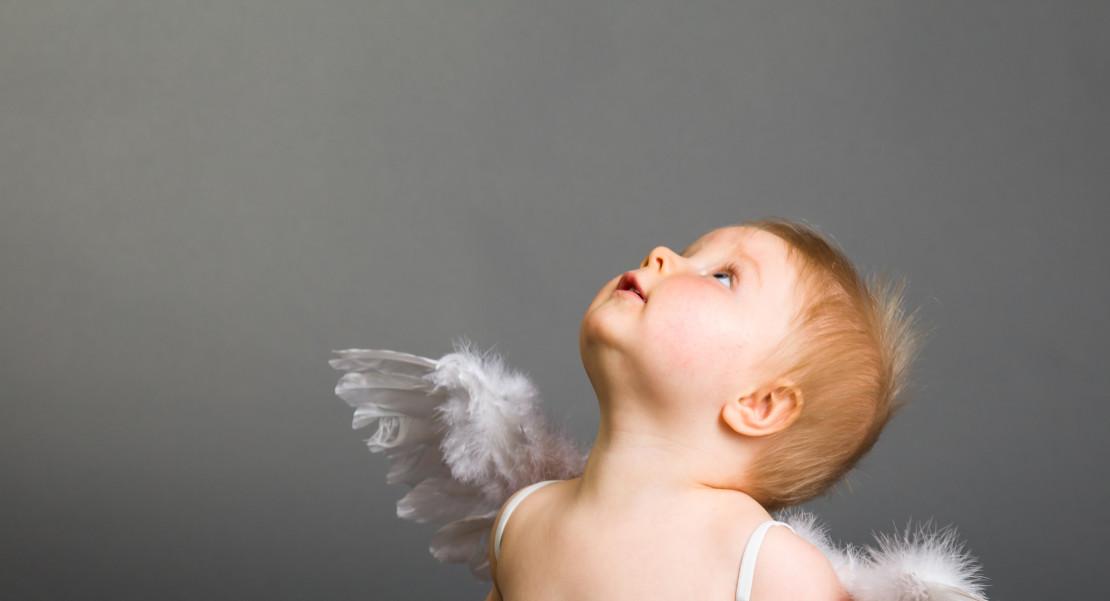 Bebé angelical, frases sobre ángeles
