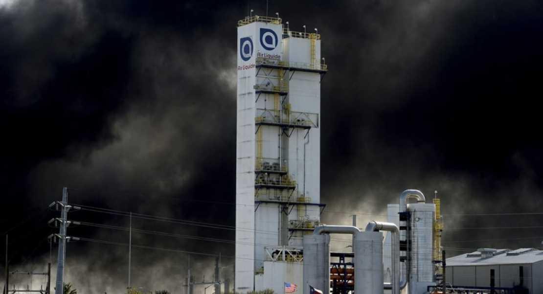 Explosión en Texas: Ordenan nuevas evacuaciones en pleno Día de Acción de Gracias