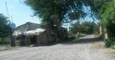 y fueron recogidos por personal de seguridad del Chapo Guzmán, quienes los llevaron a una pista clandestina.