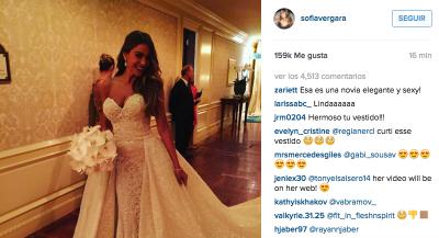 En las fotografías se ve a la actriz de Modern Family con el vestido que usó para la ceremonia. (Instagram).