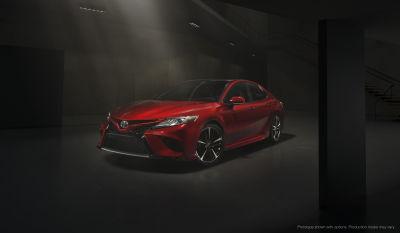 El mejor mes para comprar una berlina media, como la Toyota Camry de la imagen, es noviembre. Foto: Toyota