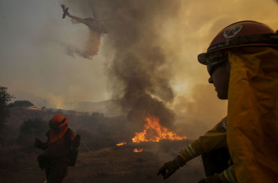 Incendio en Santa Clarita, California. Foto AP