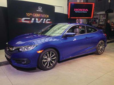 AUTOS_Honda_Civic_Coupe_120315