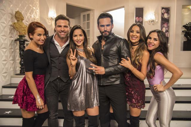 Conoce al renovado elenco de la nueva temporada de Sin senos sí hay paraíso. ( Cortesía Telemundo)