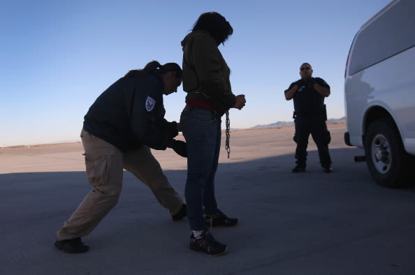 ICE Detains And Deports Undocumented Immigrants From Arizona