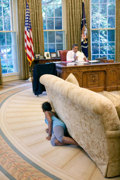 Sasha Obama Sneaks Up On her Father In The Oval Office