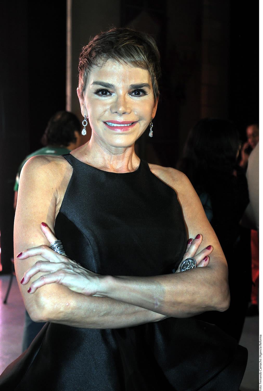 Roxana Chavez Nude Photos 31