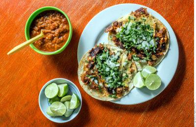 Tacos veganos de chicharron