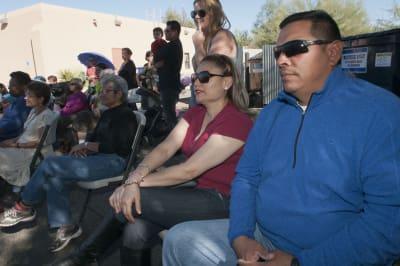 El movimiento santuario, que nació hace 35 años en Tucson (Arizona), ha evolucionado para brindar refugio y apoyo a unos indocumentados que ahora más que nunca temen las políticas migratorias del presidente Donald Trump. (EFE)