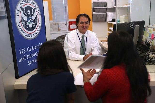 abogado de inmigración uscis visas H-1B