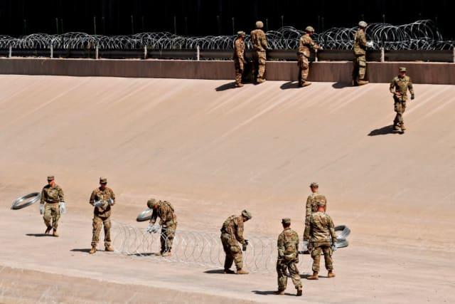 soldados frontera