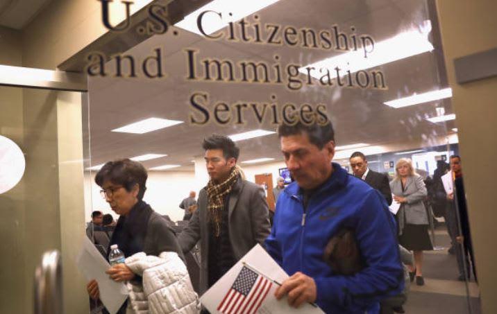 Abogado de inmigración responde sus preguntas en Mundo Hispánico (VIDEO)