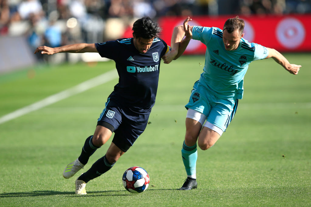 Vela llega a 12 goles y Los Ángeles FC vence 3-0 a Columbus