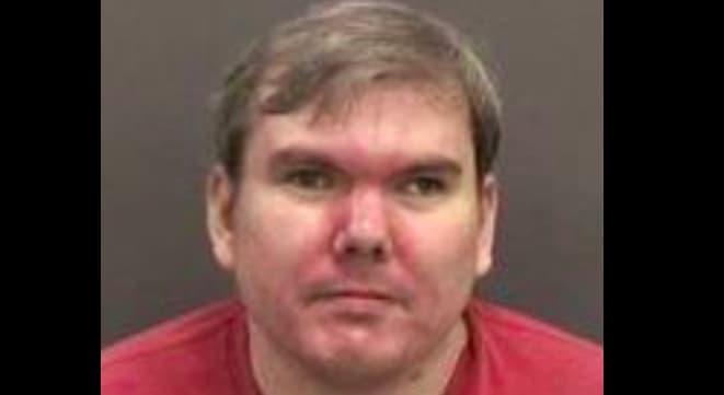 Detienen a hombre en Florida que amenazó con imitar tiroteo en Walmart