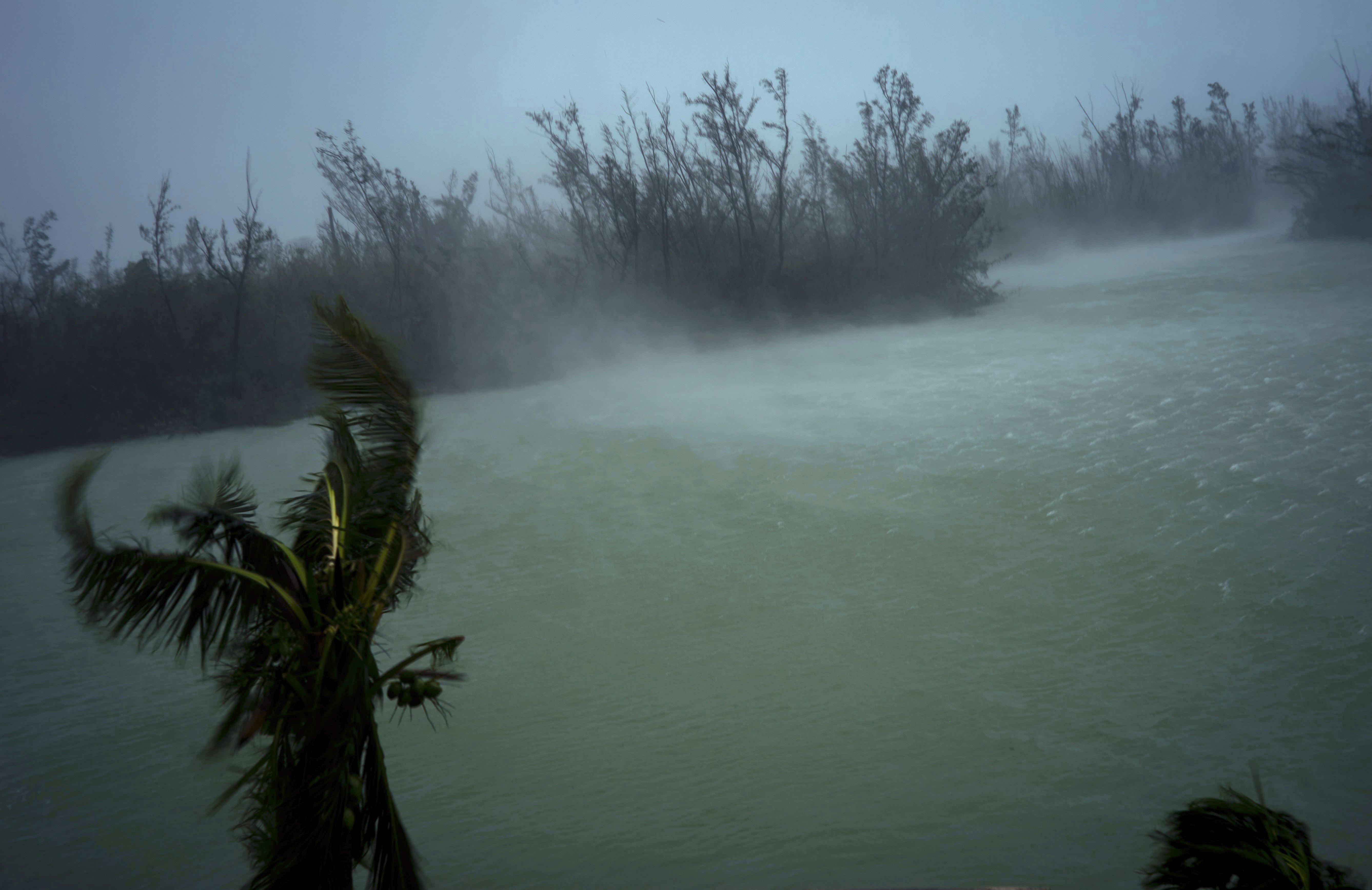 ÚLTIMA HORA: Reportan cuerpos flotando tras paso del huracán Dorian por las Bahamas