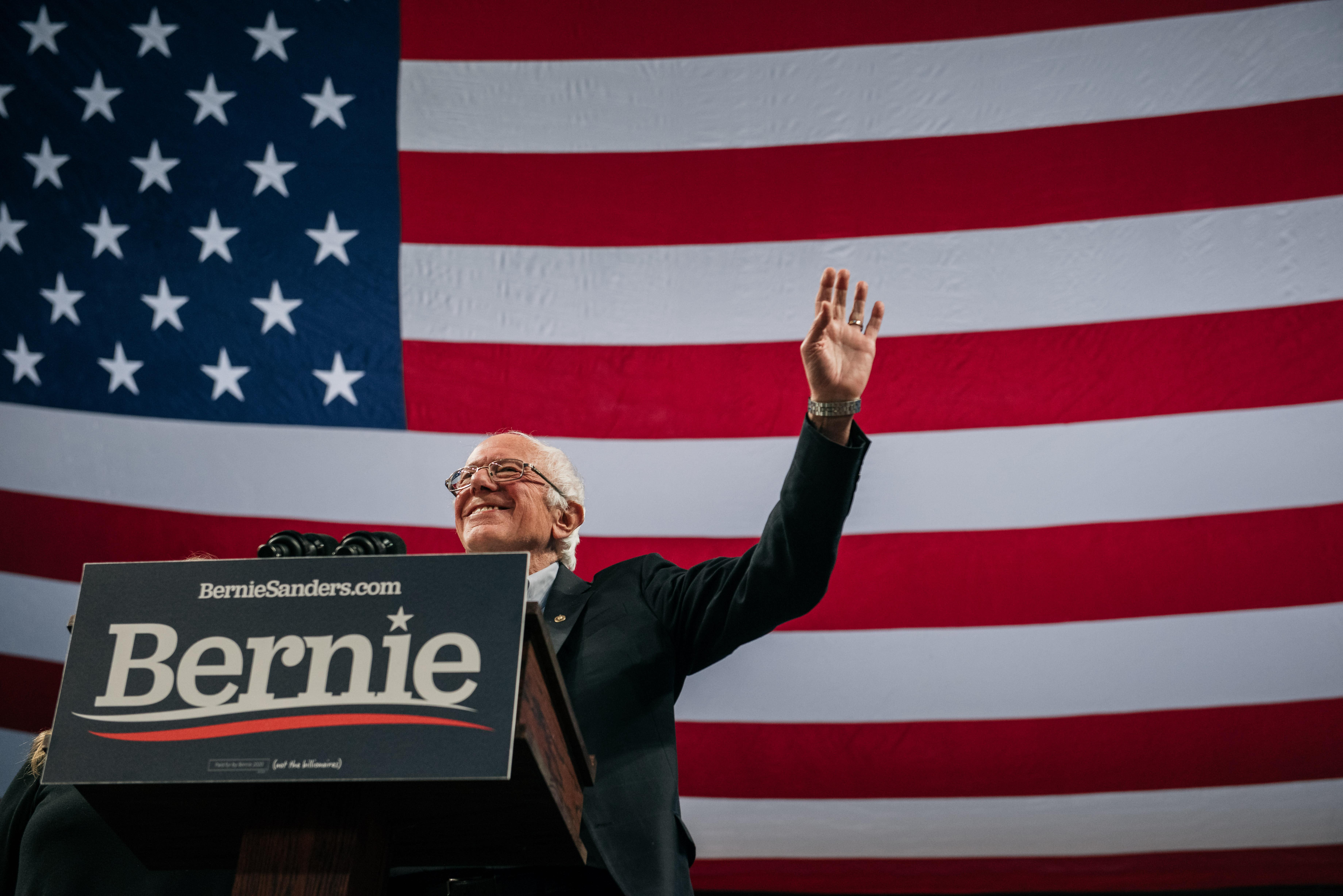Sanders promete detener deportaciones desde el primer día, si gana