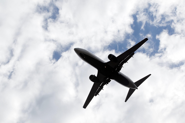 Conflicto Medio Oriente: EE.UU. prohíbe a sus aerolíneas comerciales los vuelos sobre Irak e Irán