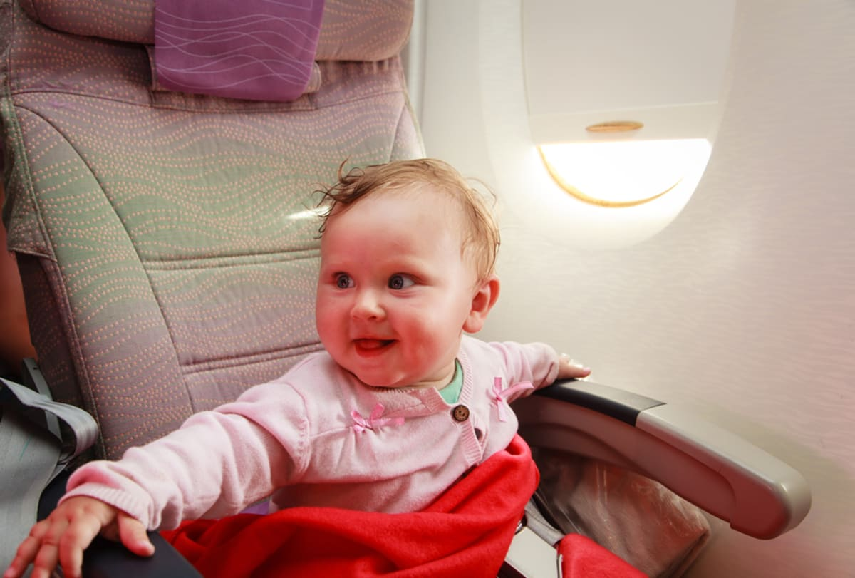 bebés en avión